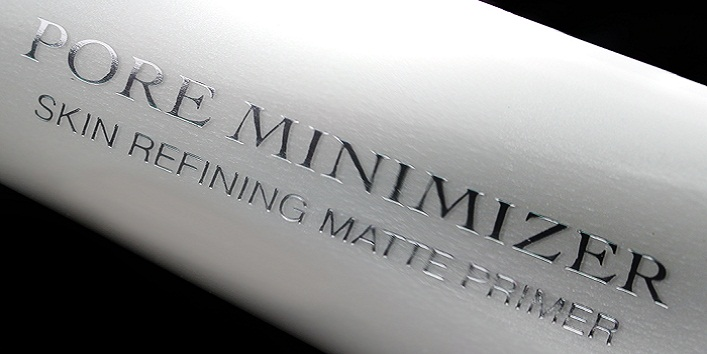 Apply a Mattifying primer