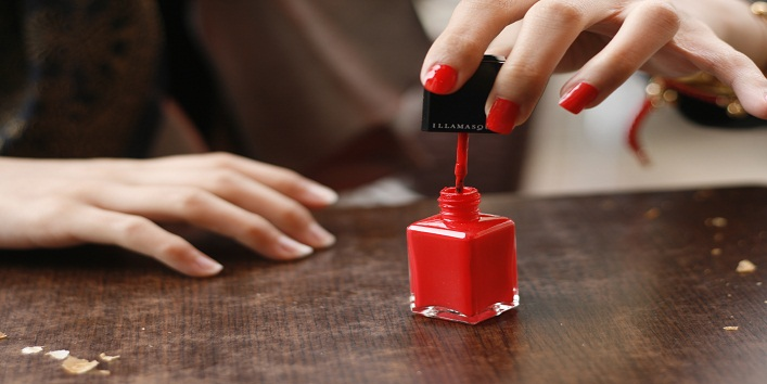 How to remove nail paint without remover4