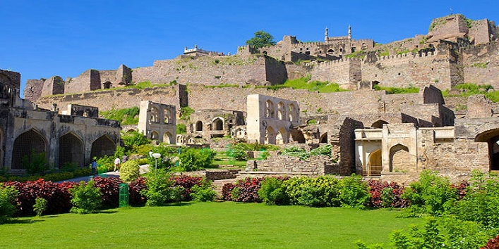 Historical forts in india5