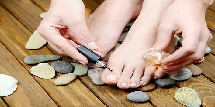 at-home-pedicure-step-by-step-tutorial 9