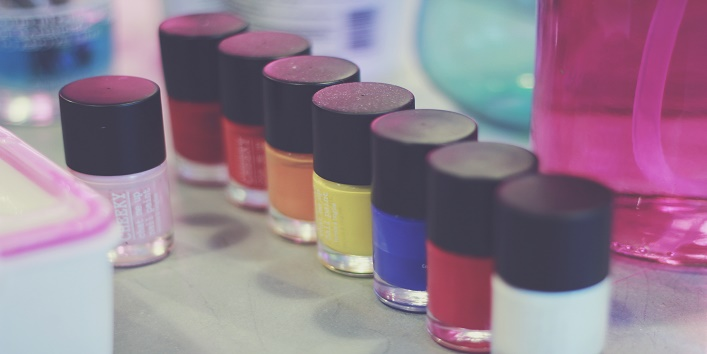 fyi 5 nail paints men love on women1