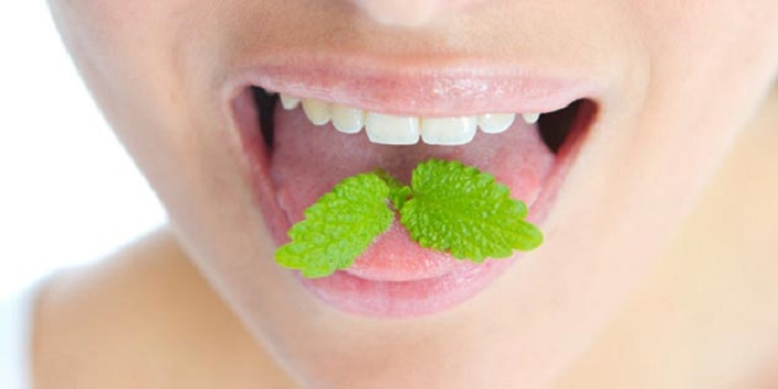 Home remedies to get rid of bad breath and mouth odor4