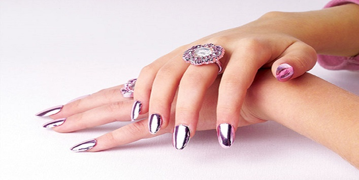 trendy-nail-colors-for-winters-1