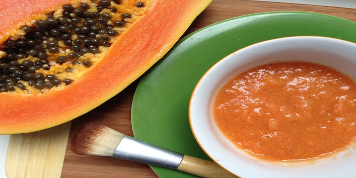 Papaya for removing excess oil from and exfoliating your skin