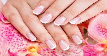 Tips-to-get-longer-and-stronger-nails