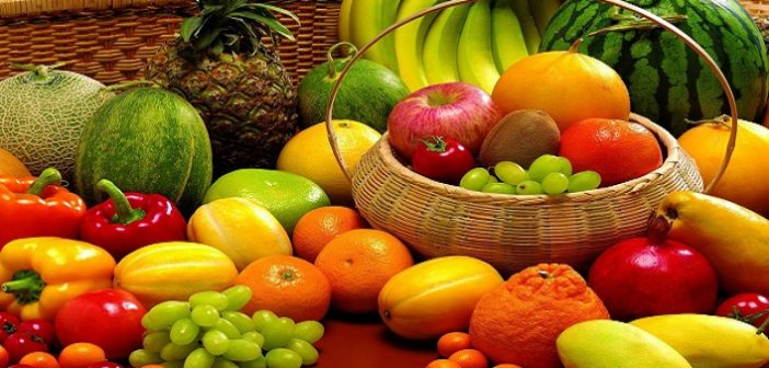 Fruits Is it a better option to eat fruits on an empty stomach cover