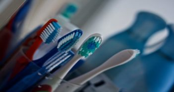 8 Ways to Reuse Your Old Toothbrush for Better