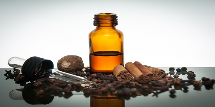 How to get beautiful hair using clove oil