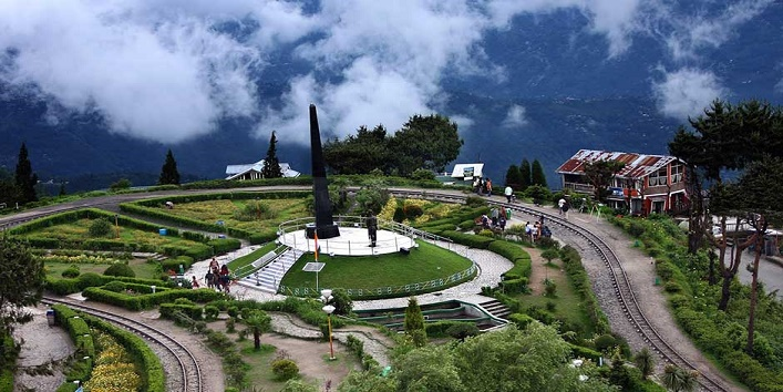 these-budget-friendly-hill-station-are-best-for-honeymoon-in-India-2