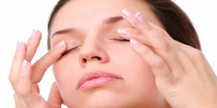 Get-relief-from-eye-irritation-caused-by-spending-time-with-computer-screen-1