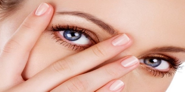 Besides-adding-to-the-beauty-of-eyes-know-these-other-benefits-of-kajal-3